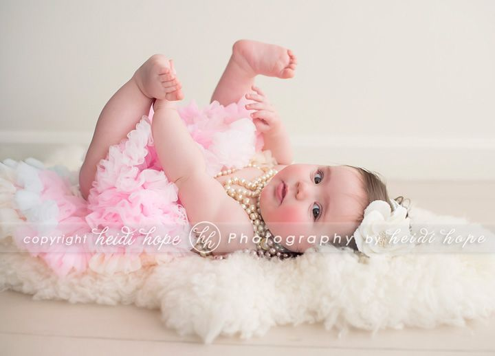 Pin by Shawna Kiser on 6 Month Photos | 6 month baby picture ideas, Baby  girl photography, Photographing babies