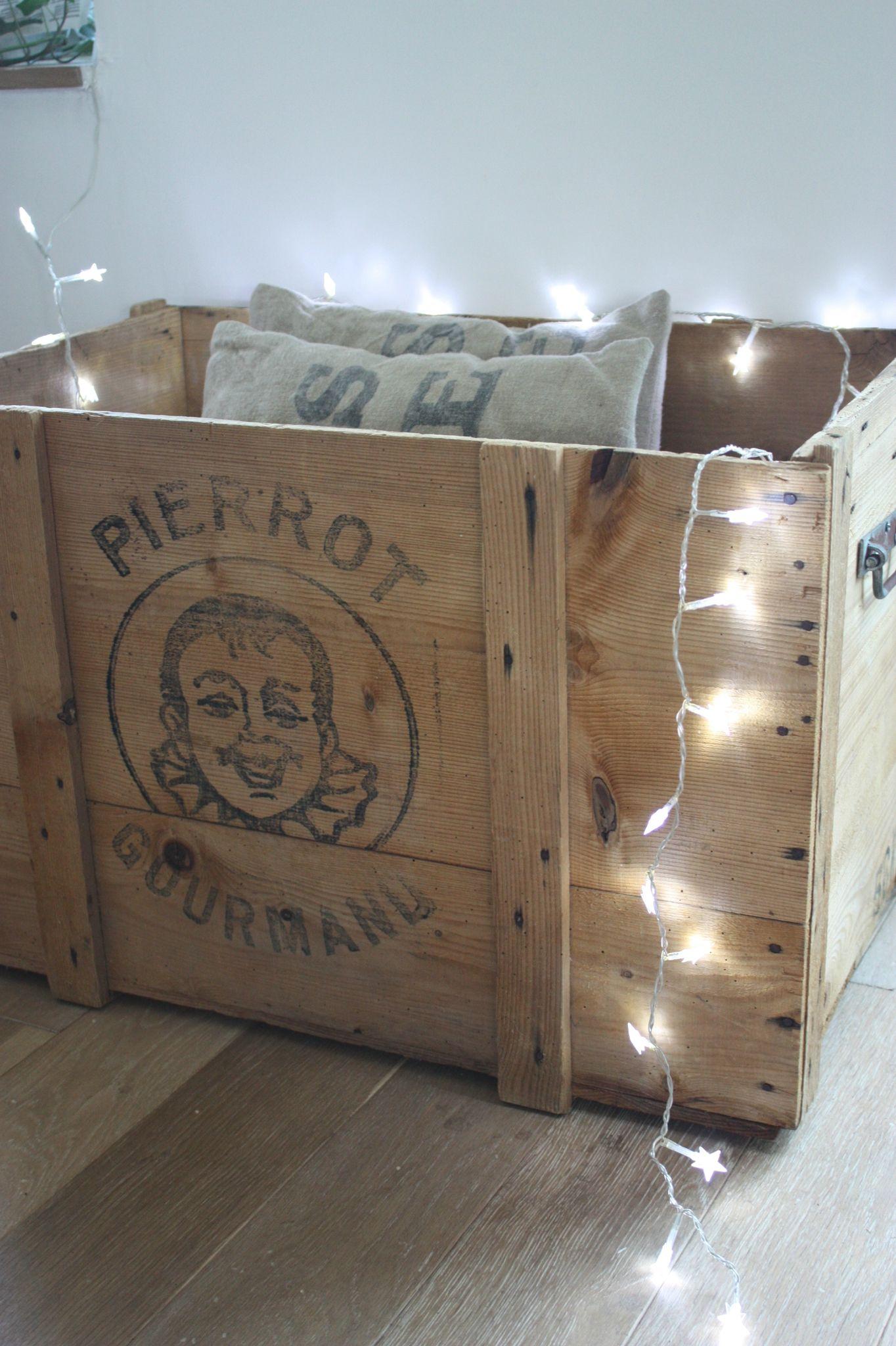 le grenier de ninon 022 palettes tourets et caisses en bois recyclons pinterest loft. Black Bedroom Furniture Sets. Home Design Ideas
