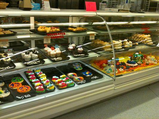 hyvee bakery Google Search HyVee Grocery Store Pinterest