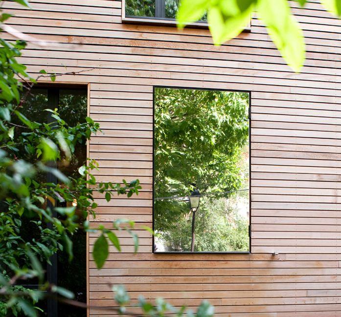 → Maison en bois  toiture terrasse, pergola bois, maison atypqiue