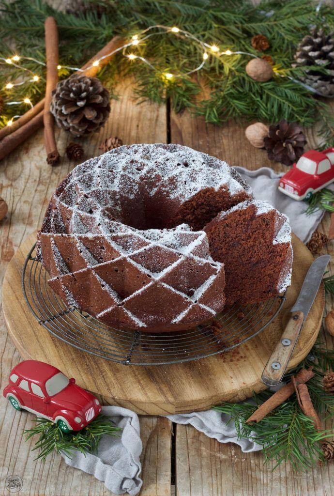 Saftiger Lebkuchen-Gugelhupf - Rezept - Sweets & Lifestyle