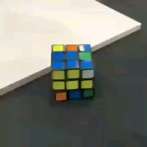 Self solving rubik's cube.. #cube #self #gadgets #technews #technology #gadget1 #meshinelearning #siliconvalley#memecoding #computers