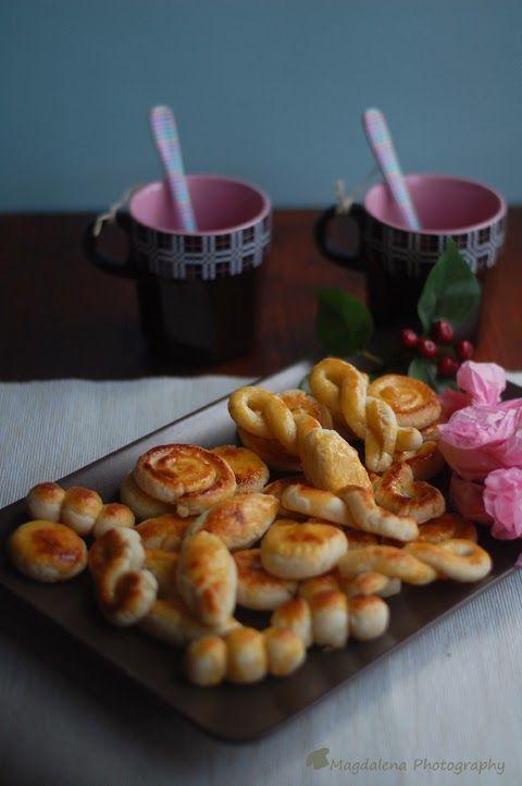 El mazapán es, al menos para mi,un manjar, sencillo de hacer, con muy pocos ingredientes,pero muy rico. La masa se puede moldear fácilmen...