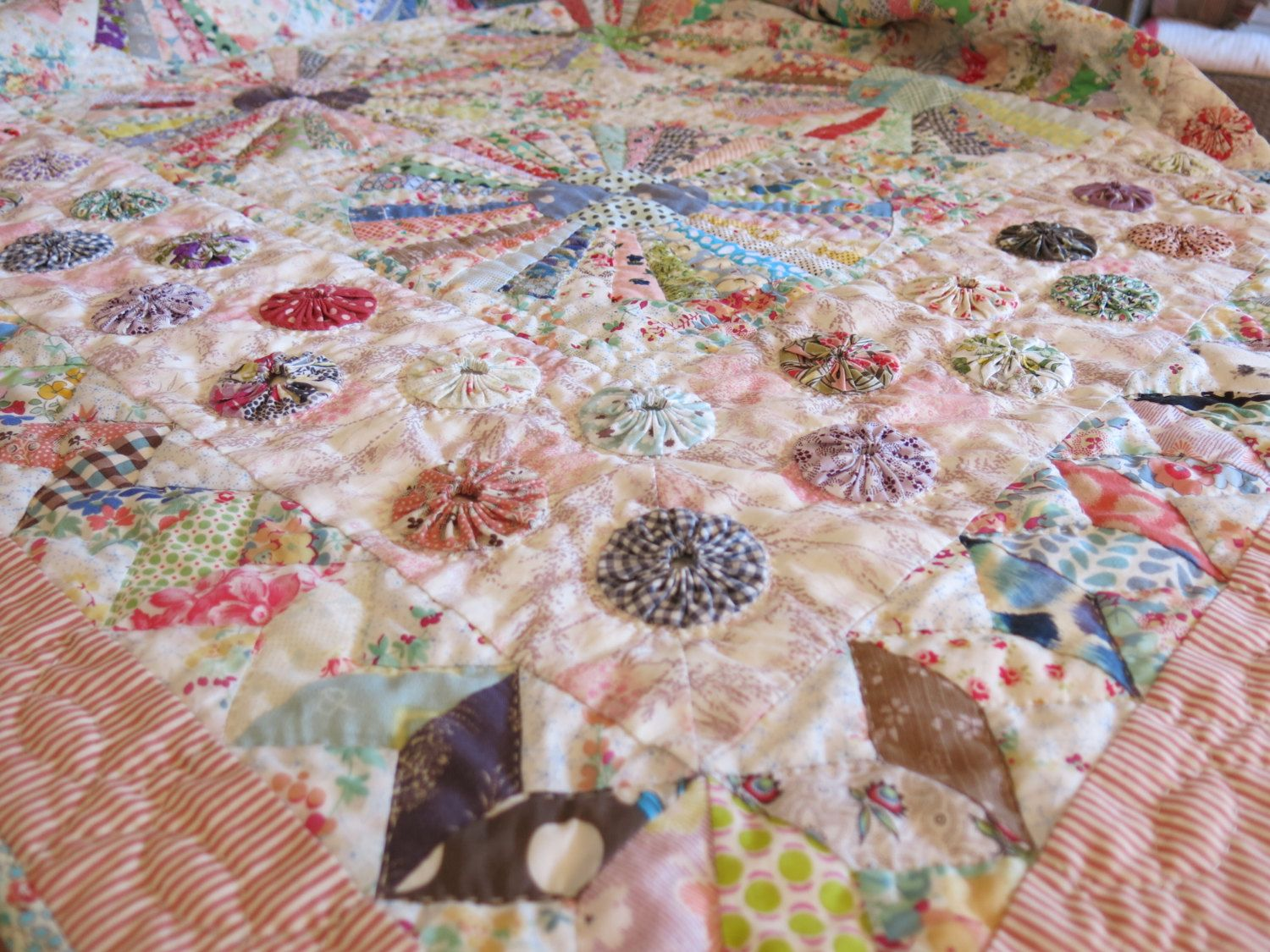 Sb Carousel Quilts Pinterest Scrappy Quilts Hand Quilting And