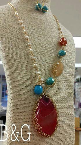 a8f9894b8a68 collar piedras naturales