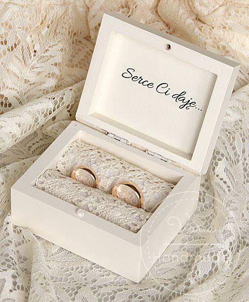Pudelko Na Obraczki W Kolorze Ecru Wedding Ring Pillow Diy Wedding Ring Box Ring Holder Wedding