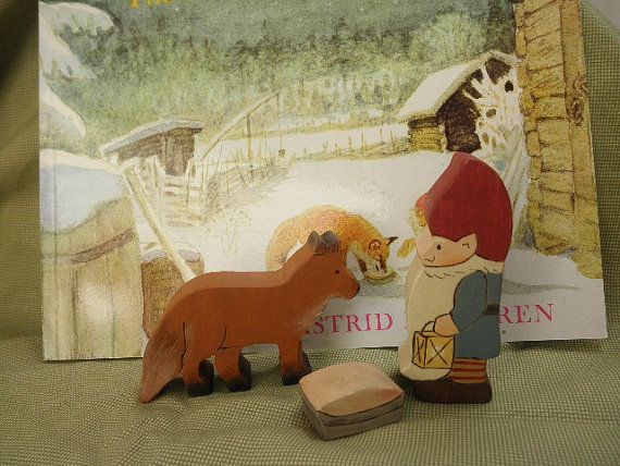 The Tomten And The Fox A Sweet Kidlit Review To Get You In The Holiday Spirit Christmas Art Scandinavian Art Christmas Illustration