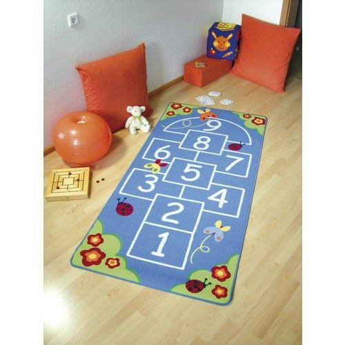 mit diesem kinderteppich l sst sich das h pfspiel auch an regentagen betreiben inklusive. Black Bedroom Furniture Sets. Home Design Ideas