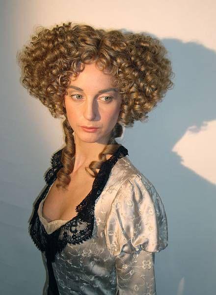 Elegante peinados antiguos Galeria De Cortes De Pelo Tendencias - Rococó   Peinados antiguos, Peinados de época