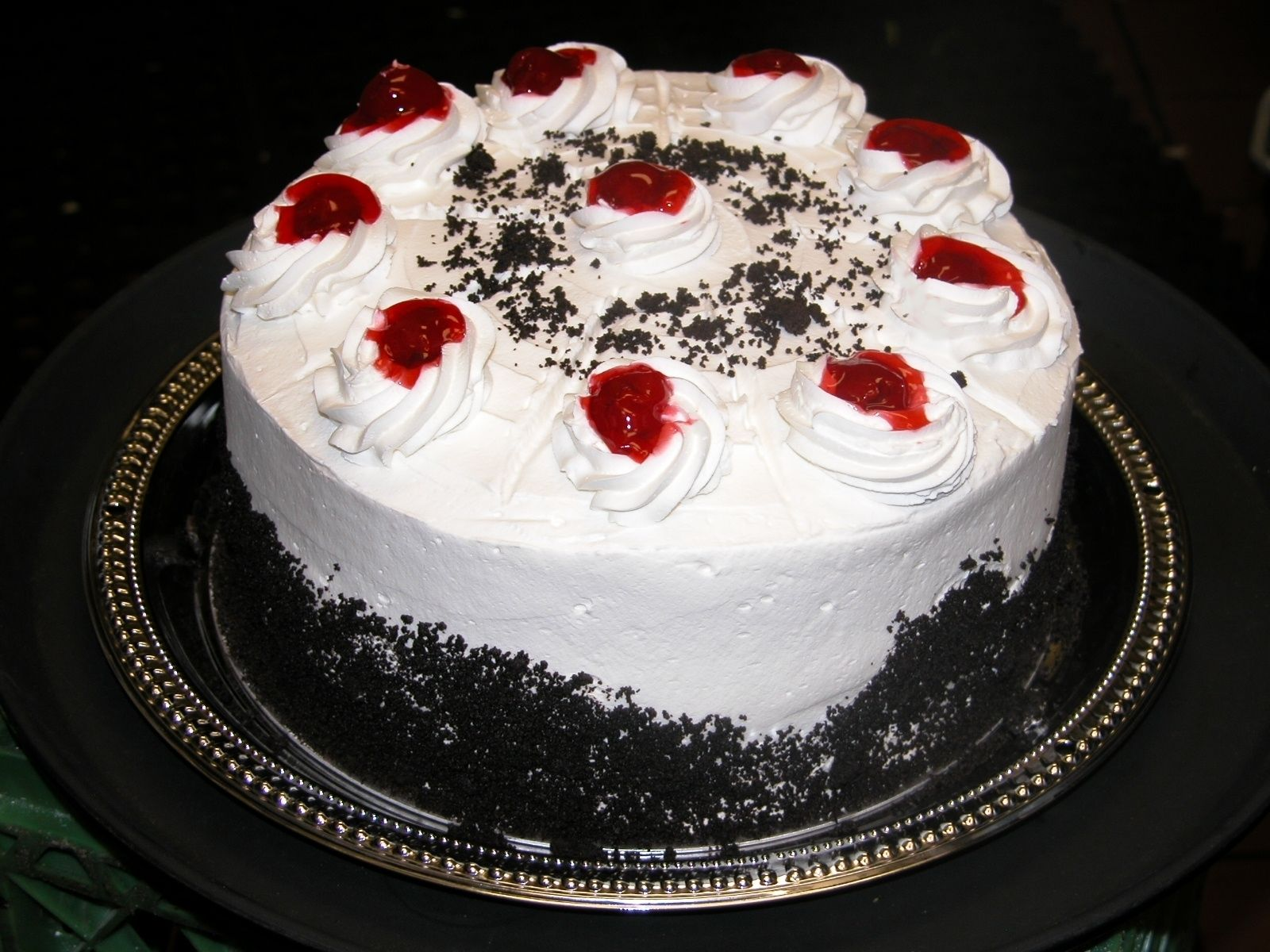 Google Image Result for http://www.buykind.com/images/Black_Forest_Cake.JPG