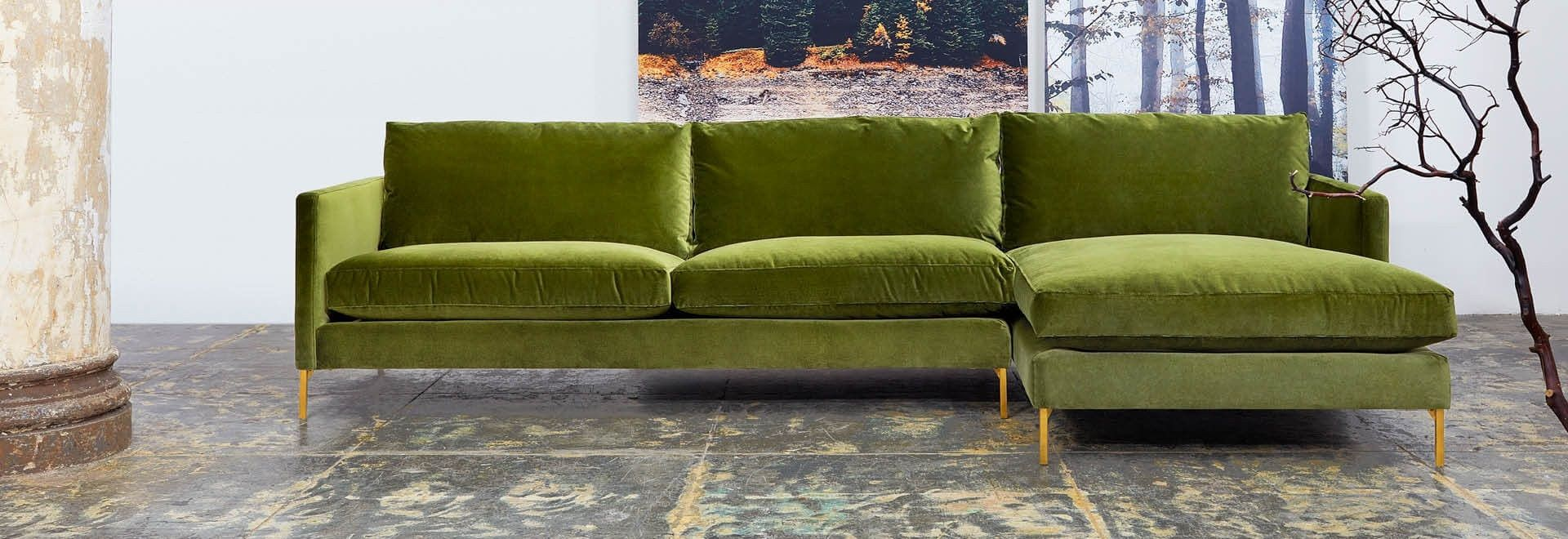 Enjoyable A Single Forest Green Sectional Couch Facing Forward In A Cjindustries Chair Design For Home Cjindustriesco
