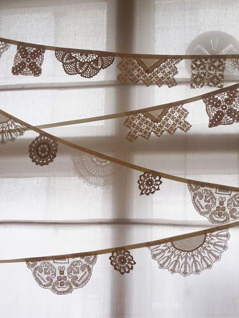 doily garland -- could do a Christmas one of angels, snowflakes, trees, stars...OMG! the sky's the limit! Phun!