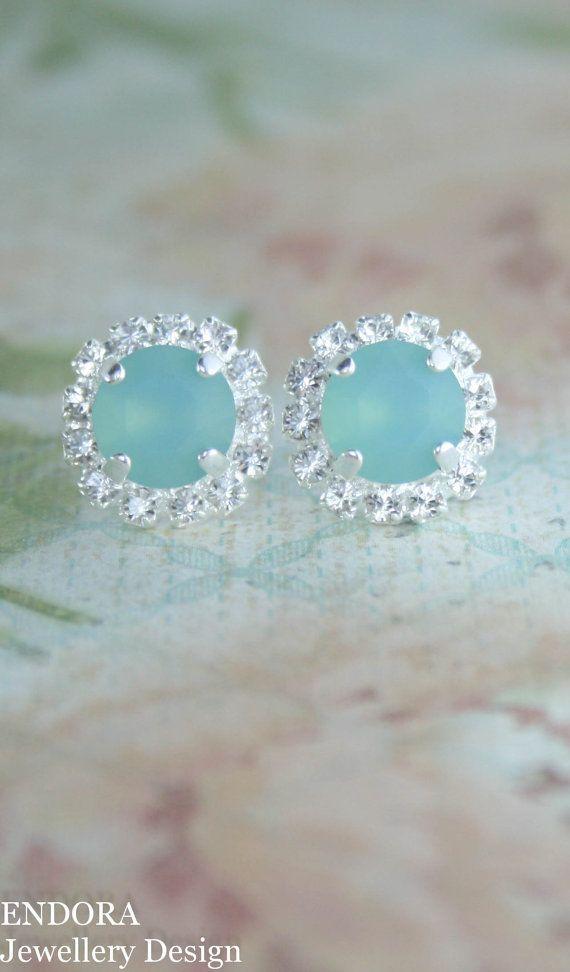 Seafoam earrings,swarovski earrings,aqua wedding,beach wedding,bridal earrings,bridesmaid earrings,seaglass jewelry,mint earrings,aqua mint