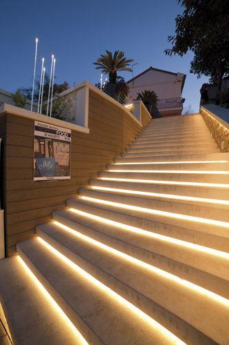 Www Iguzzini Com Outdoor Stair Lighting Stairway Lighting Outdoor Stairs