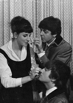 Yo Fuí A Egb Recuerdos De Los Años 60 Y 70 Personajes Históricos De La Década De Los 60 Y 70 Los Beatles Y La Beat Beatles The Beatles Portadas Paul Mccartney