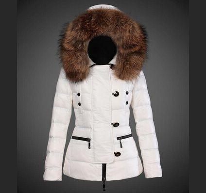 Boutique Moncler femme Doudoune Capuche Fourrure Veste Courte Blanc ... 98763b8c2ad