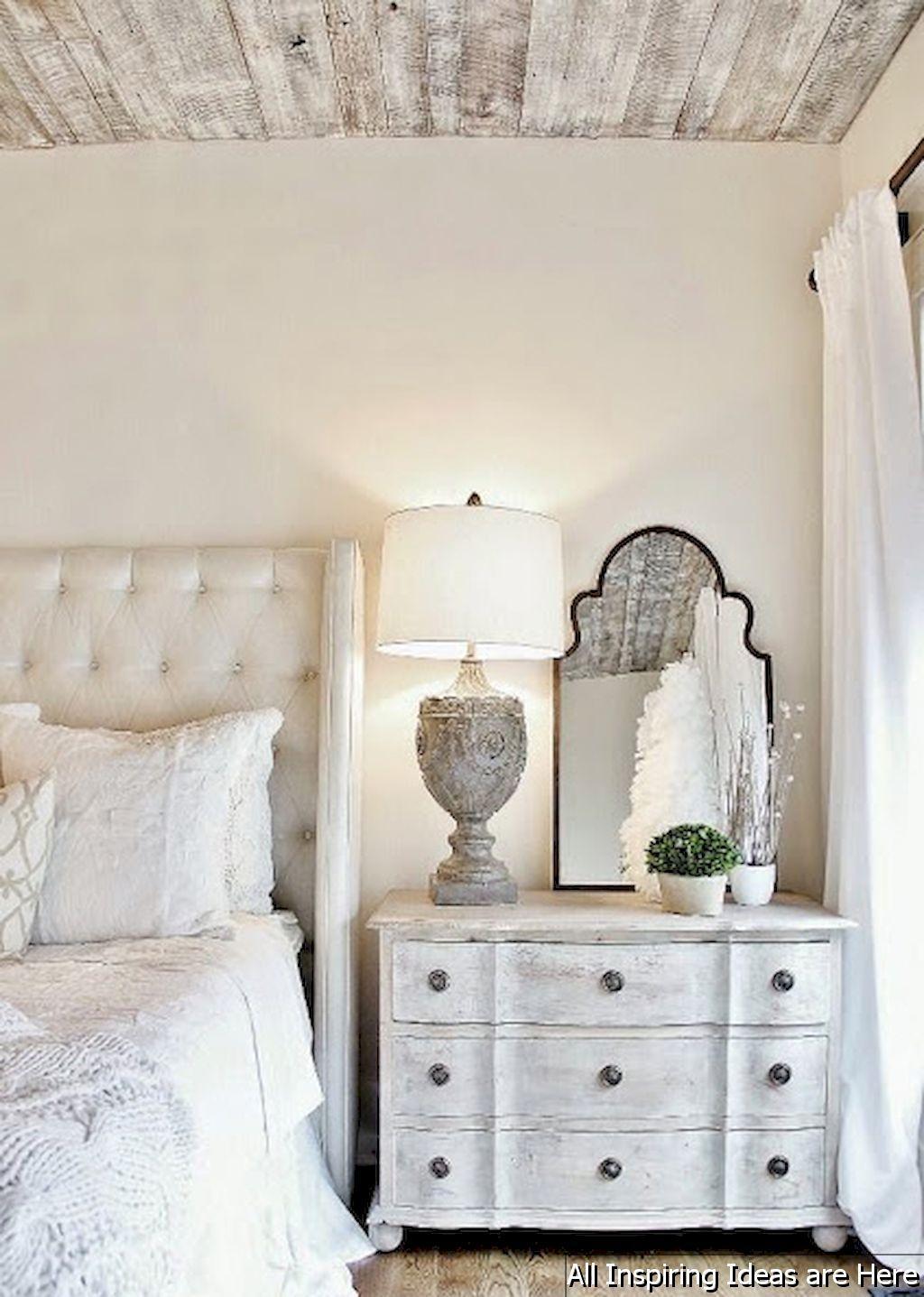 Master bedroom nightstand decor   Incredible Modern Farmhouse Bedroom Decor Ideas  Farmhouse
