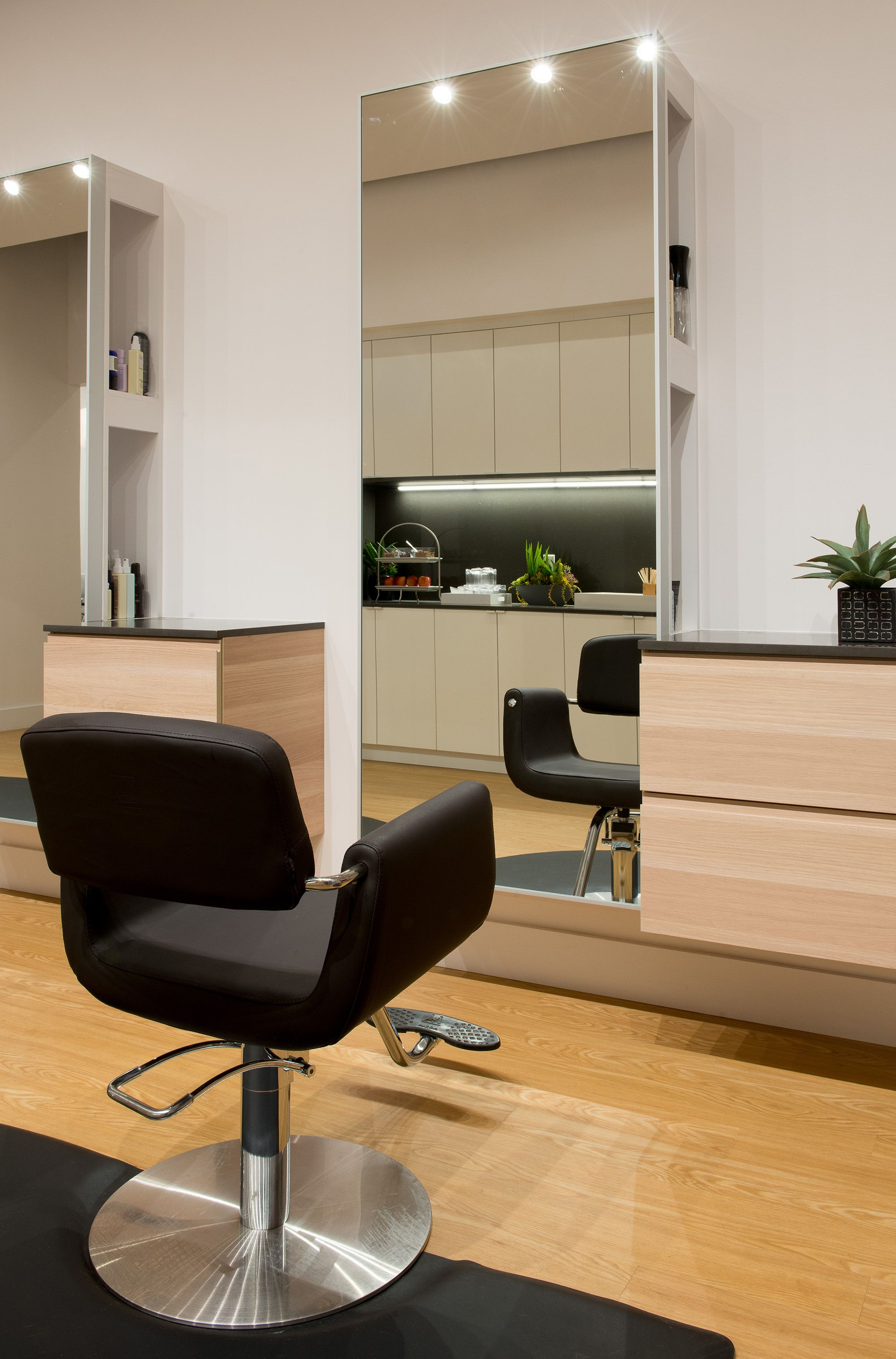 Light sleek and modern salon station salon ideas for Modern salon stations