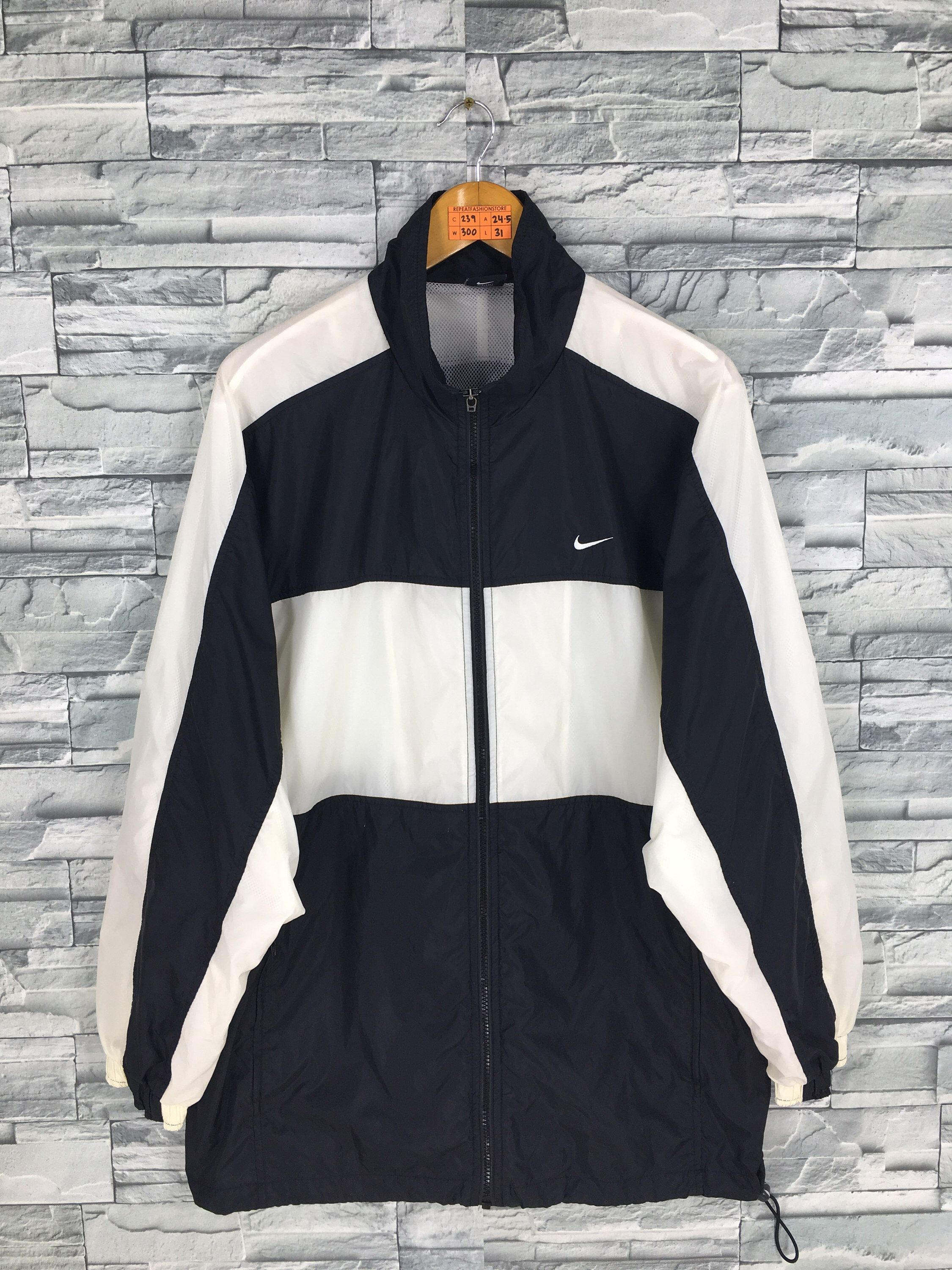 Excited To Share The Latest Addition To My Etsy Shop Vintage 90 S Nike Windbreaker Jacket Xlarg Nike Windbreaker Jacket Nike Windbreaker 90s Nike Windbreaker