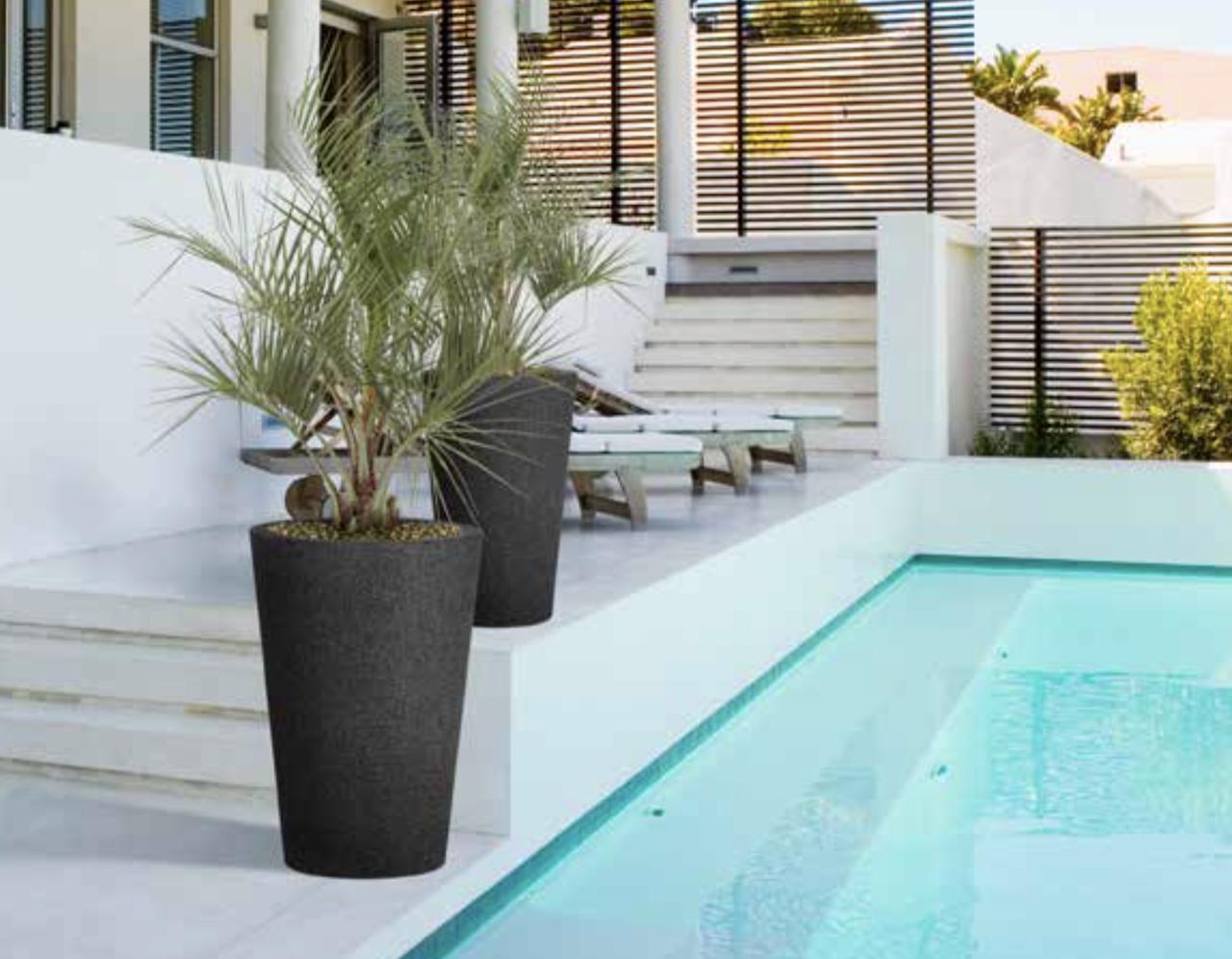 Wysokie Mrozoodporne Donice Do Ogrodu Na Balkon I Taras Outdoor Decor Outdoor Home Decor