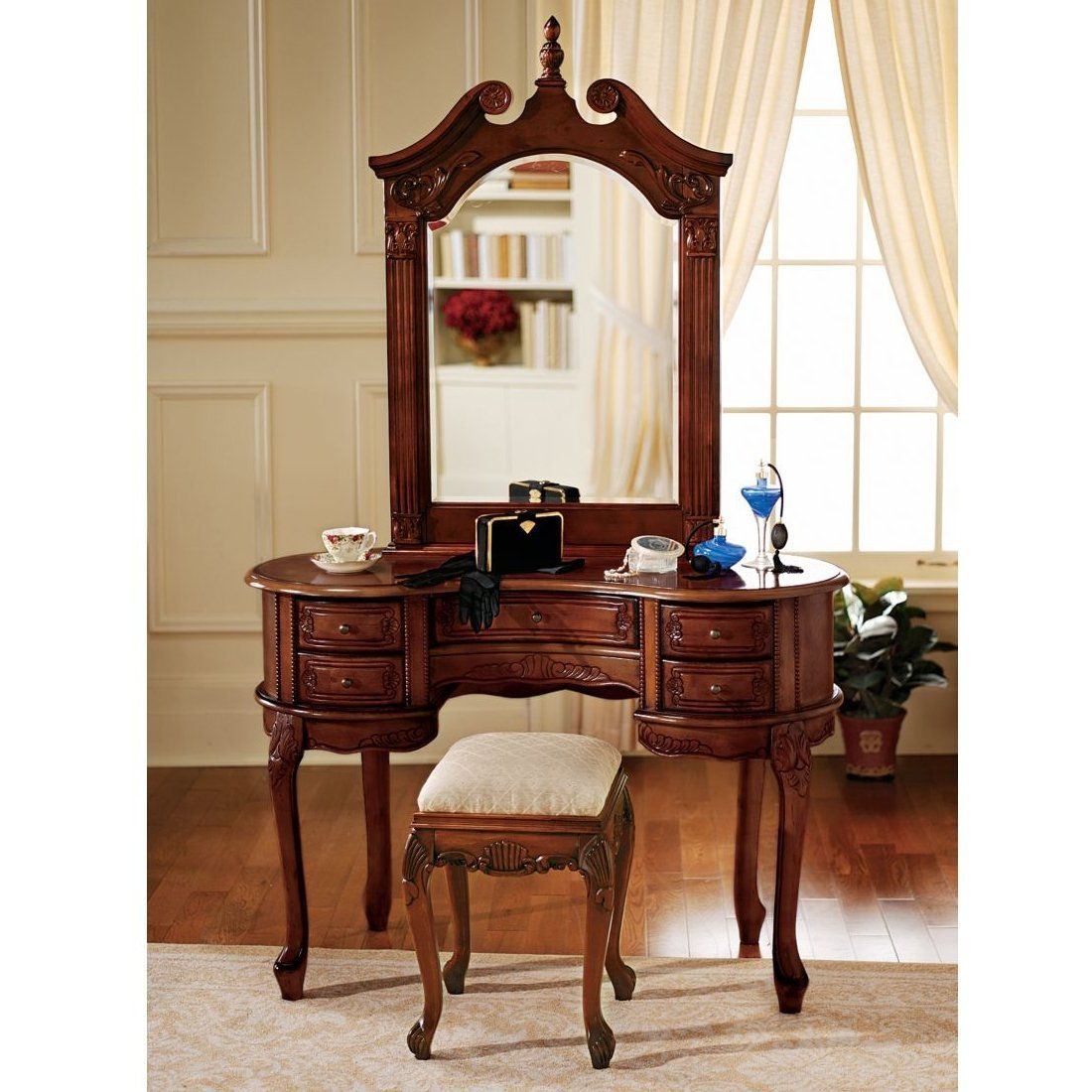 Design Toscano AE94543 The Queen Anne Dressing