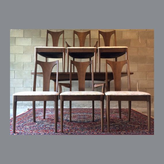 Vintage Midcentury Modern 1960s Broyhill Dining Set Featuring:   2 Captains  Chairs   4 Side