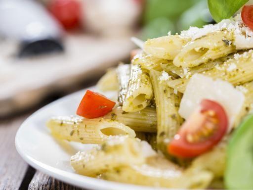Pasta al pesto in insalata - Ricetta
