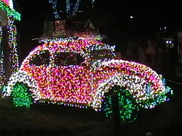 I Need A New Bulb Your Job Is To Figure Out Which One Xmas Lights Christmas Christmas Car