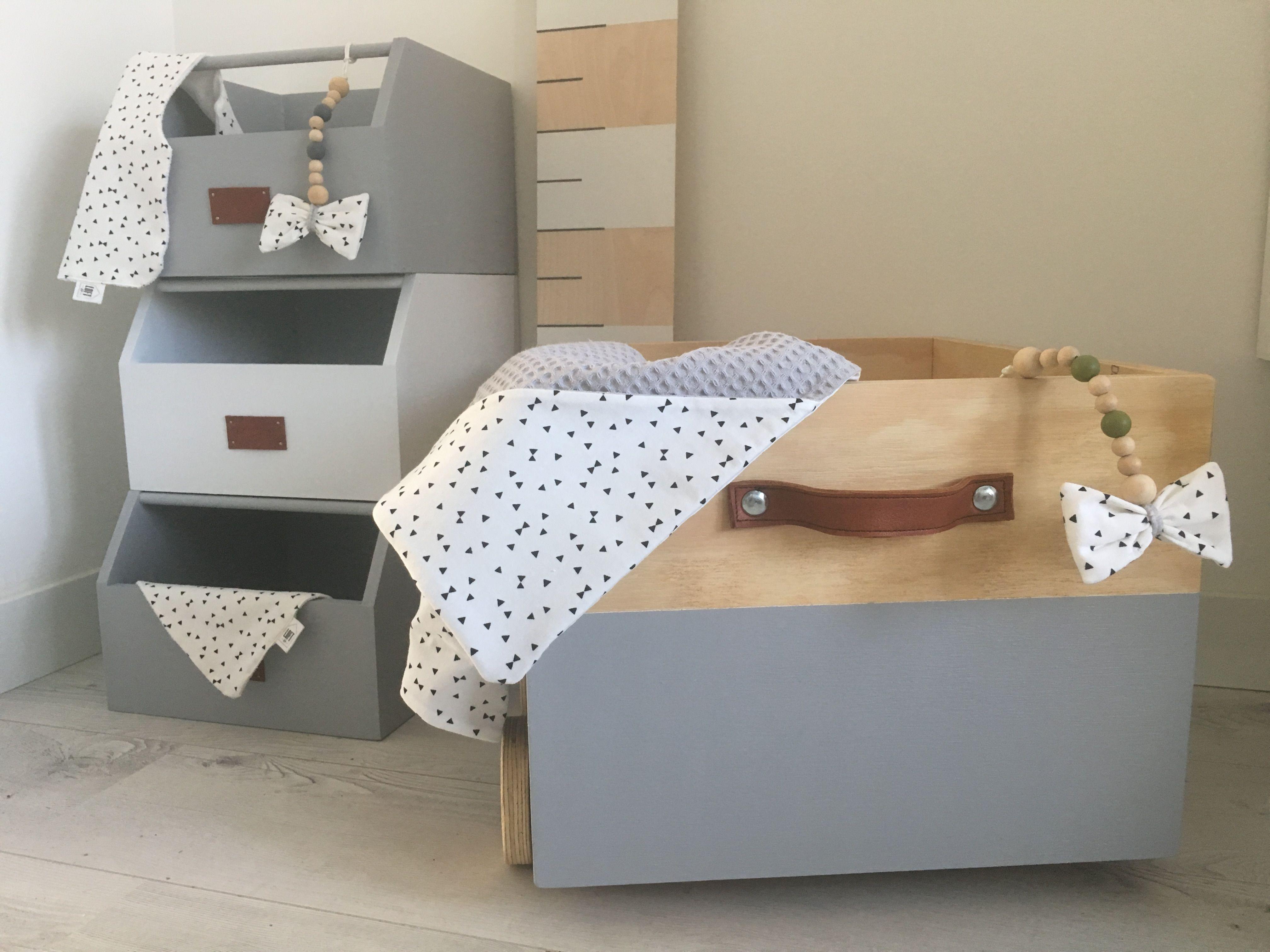 Lieve Stoere Kinderkamer : De opbergbakken op wielen van loft21 zijn een echte musthave voor op