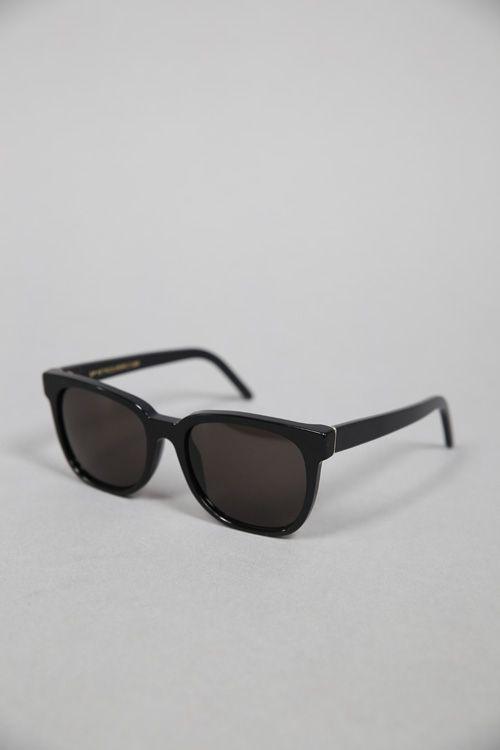 7c6cadc907c5 PEOPLE BLACK #supereyewear #retrosuperfuture #graduate #graduatestore # sunglasses #glasses #lunettes