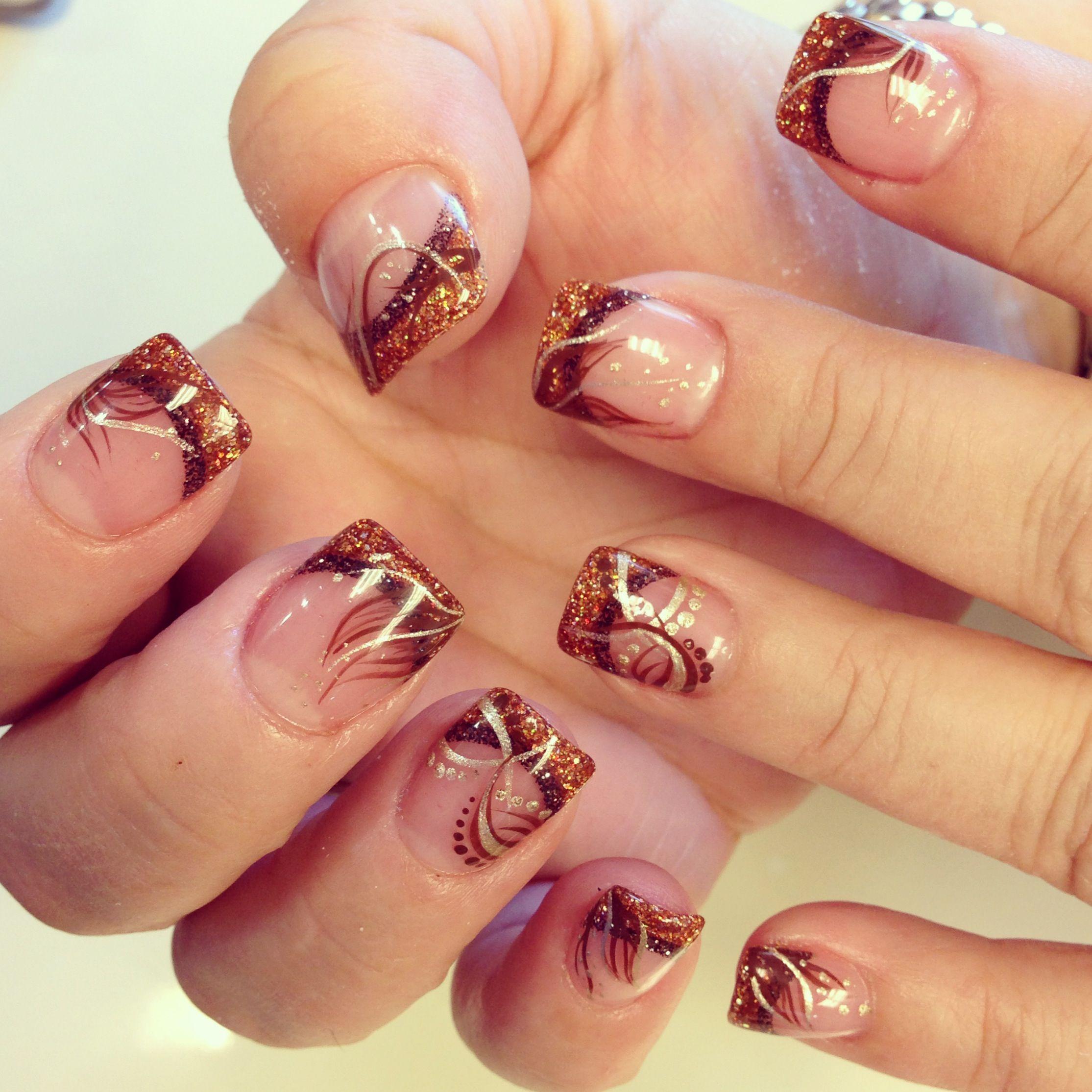27 Motive For Winter Christmas Nail Art Ideas Nailart Nail Art Designs Diy Minimalist Nail Art Winter Nails