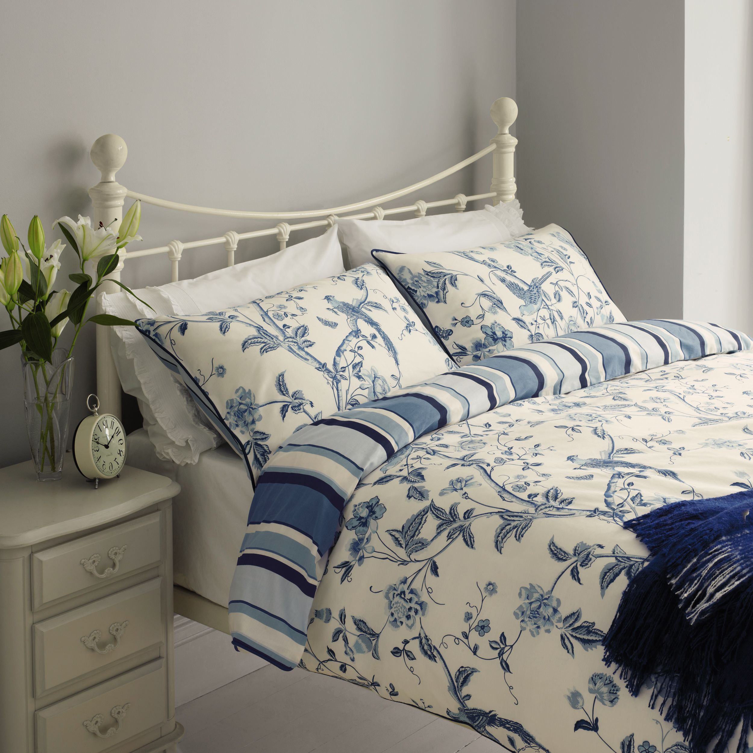 and daze tide southern crop comforter summer angled blue set white products