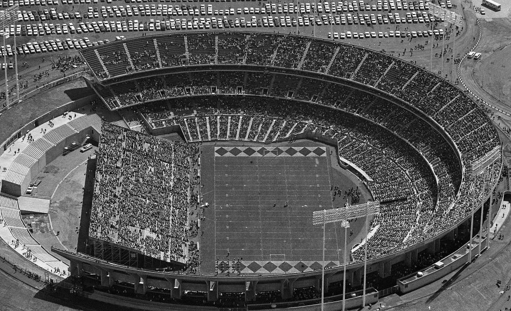 Raiders Home Headaches From 1960 In S F To Today Oakland Coliseum Baseball Park Major League Baseball Stadiums