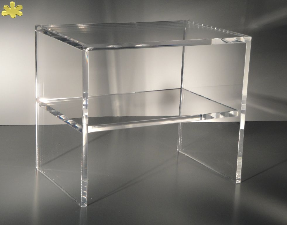 Modello panca con ripiano consolle trasparente acrylic for Consolle plexiglass design