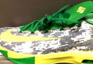 """Nike KD 6 + Hyperdunk 2013 """"Oregon Ducks Armed Forces Classic"""" PE Sneakers ("""