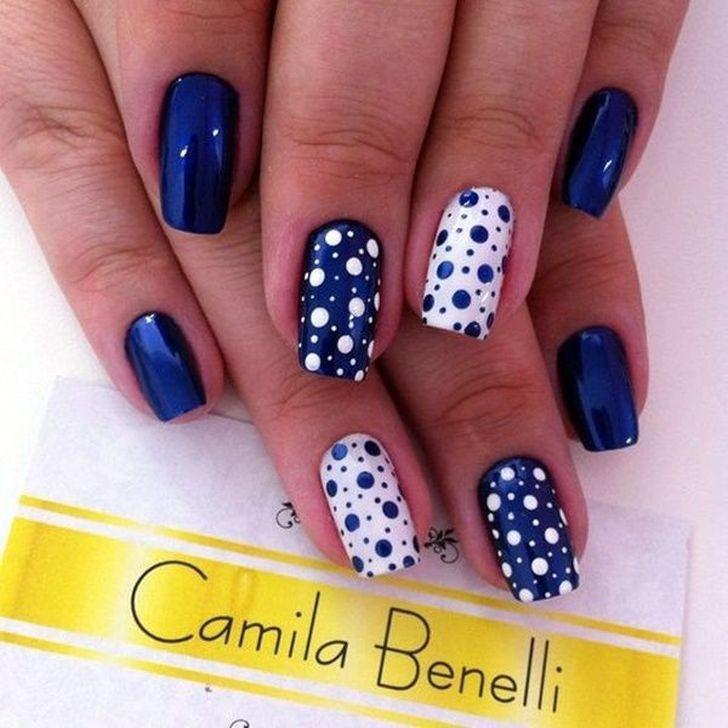 99 Charming Winter Nail Design und Farbideen