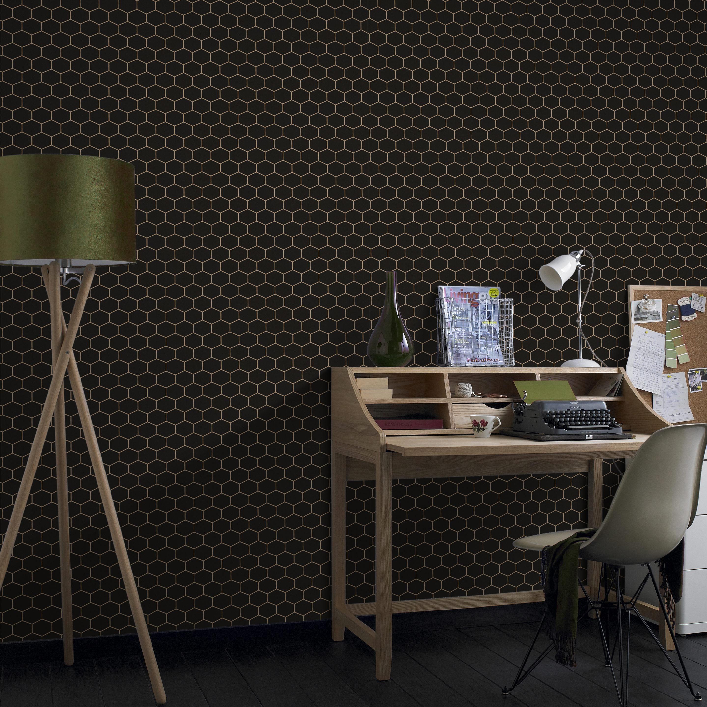 Papier Peint Vinyle Motif Hexagonal Dore Sur Fond Noir Leroy Merlin Papier Peint Vinyle Motif Hexagonal Papier Peint