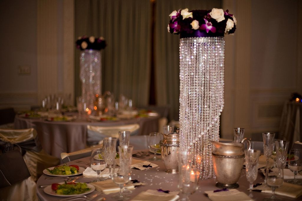 wedding chandelier decorations best 25 chandelier centerpiece ideas on 8955