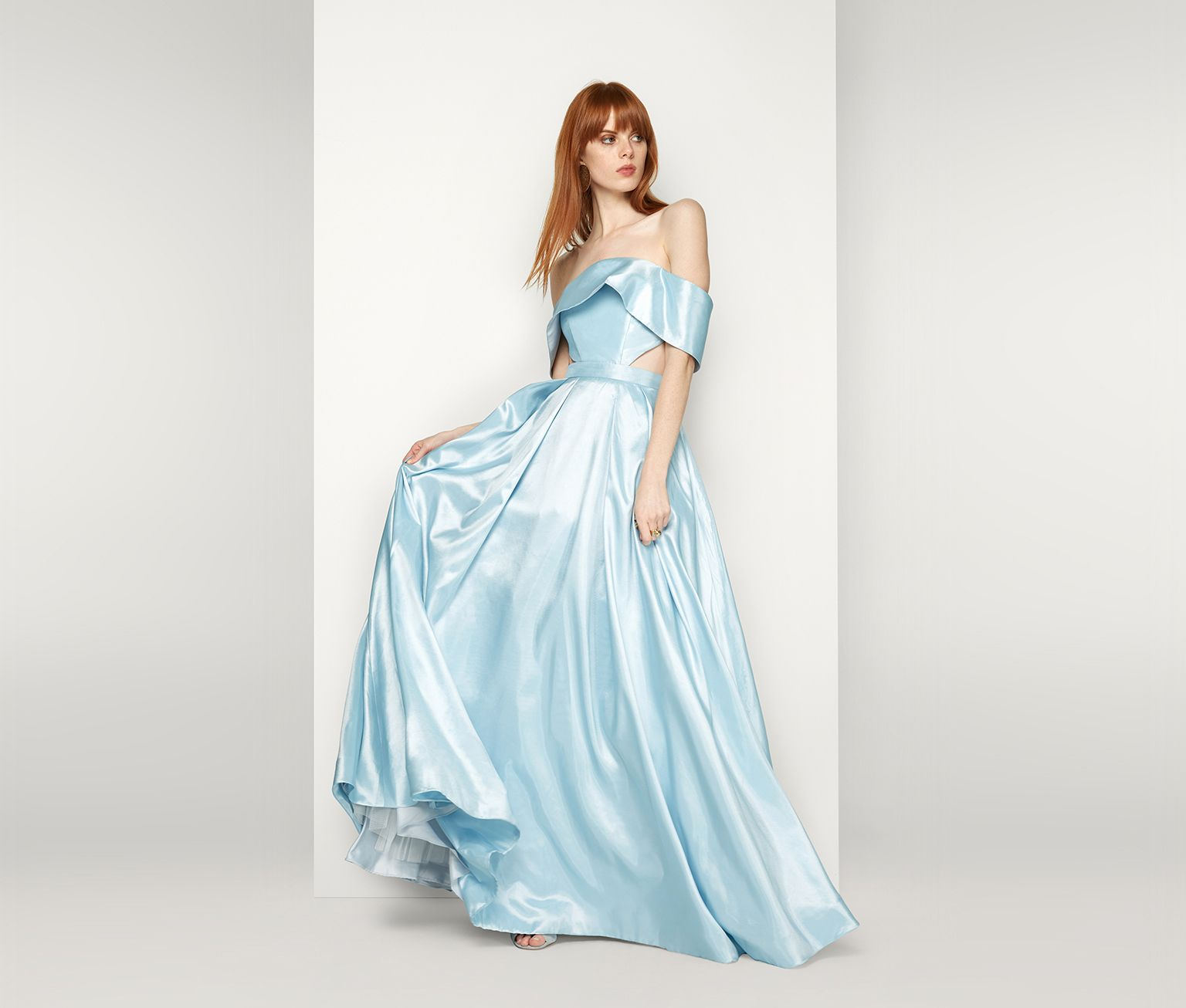 The pegasus i can order this in golden yellow prom