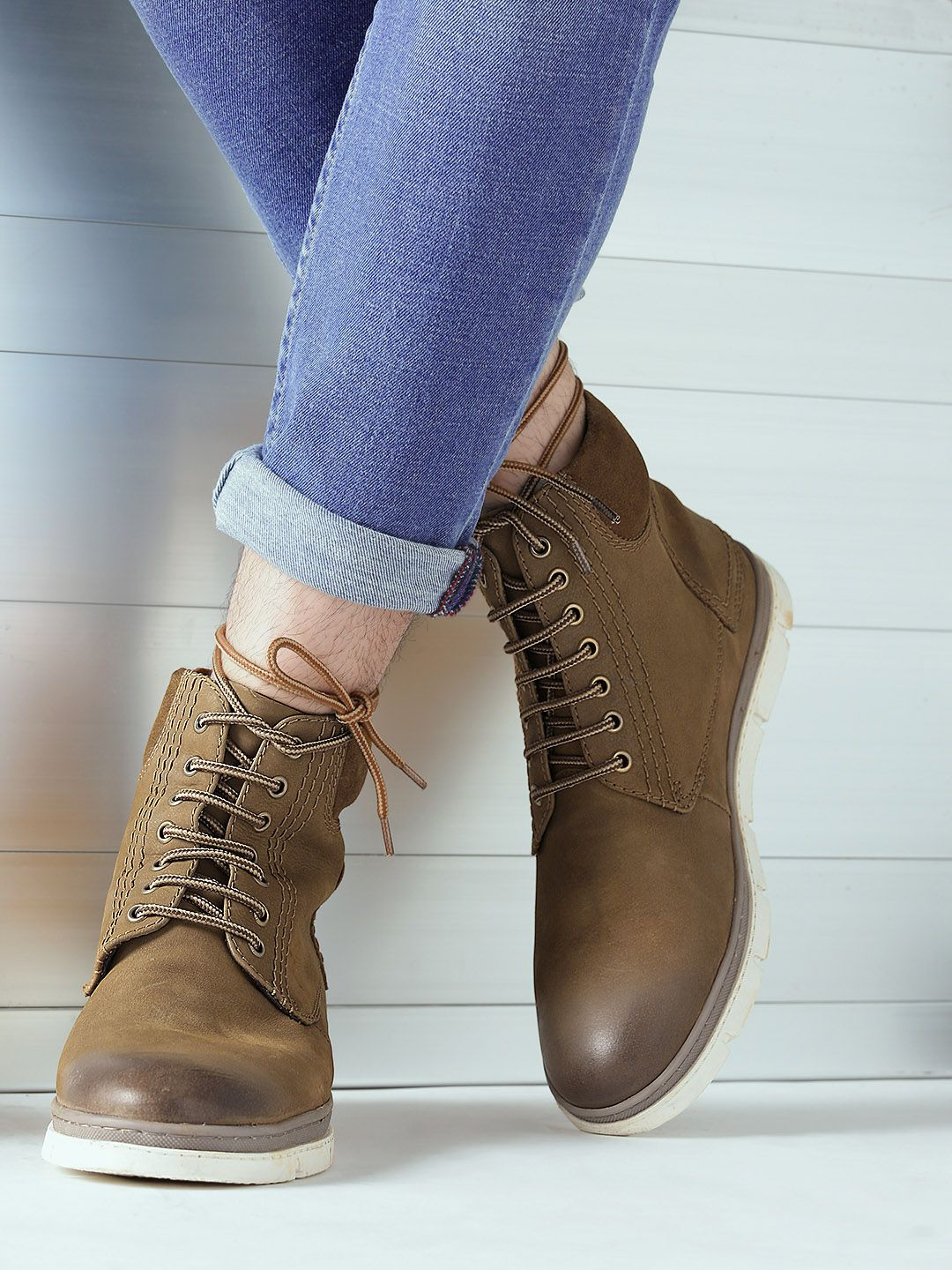 Brown Leather Solid Mid Top Flat Boots