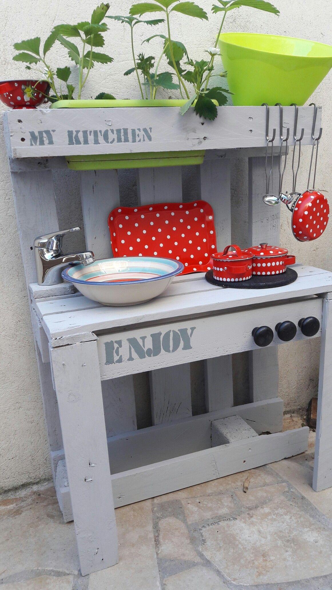 Cuisine Enfant Palettes Cuisine Enfant Enfants Palettes Cuisine Exterieure Moderne