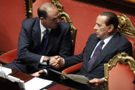 Berlusconi detta la linea ad Alfano. A quando le Primarie?