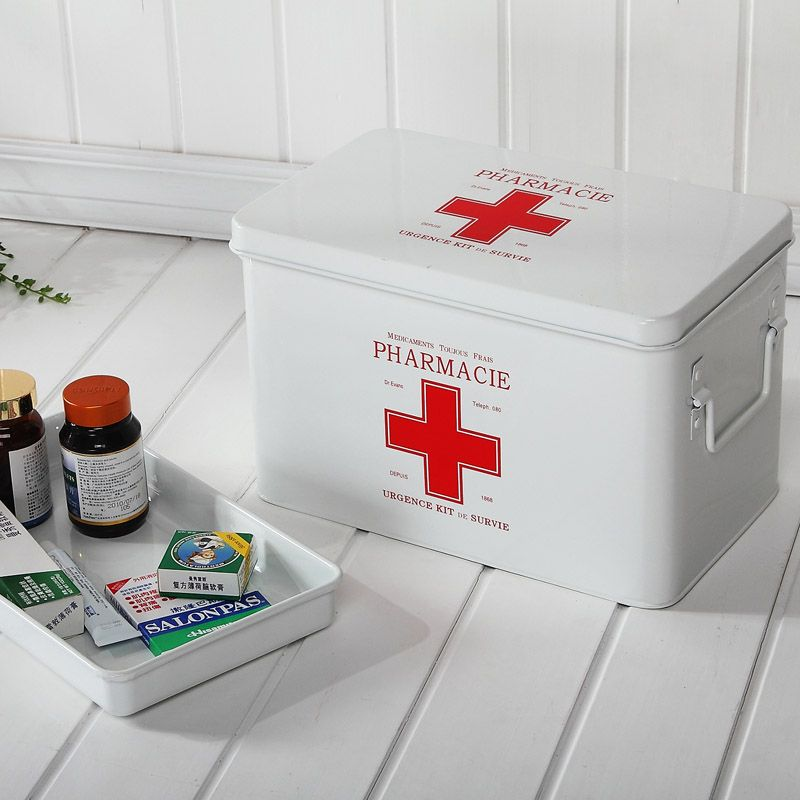 Family home with a large medicine chest medicine chest medicine chest medical kit box storage box http://zzkko.com/n104326 €23.61             EUR                                                                                                           $ USD                                                                                               € EUR                                                                                               $ ARS…
