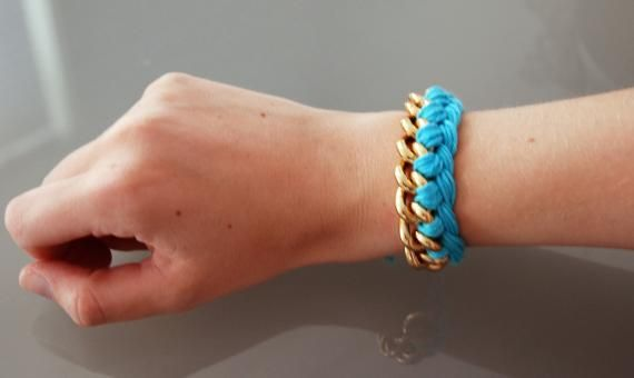 35ac3e98a38b como hacer pulseras de moda. Pulsera de cadena e hilos ...
