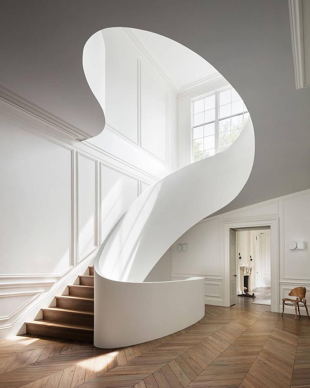 Best Stunning Sculptural Staircase Design By 400 x 300