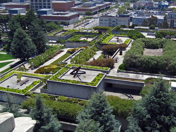 Dan kiley collaborated with kevin roche john dinkeloo and for Oakland landscape design