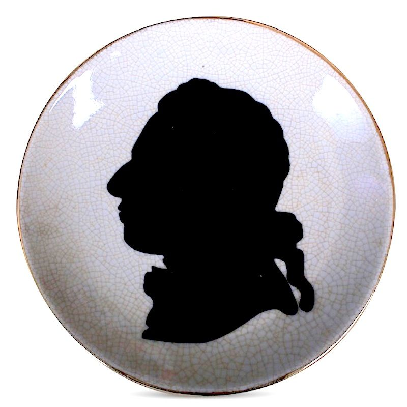 SILHOUETTE MONSIEUR PLATE - Small Decorative Wall Plate with Silhouette of a Man. Ceramic with Crackle Finish. Diameter 15cm