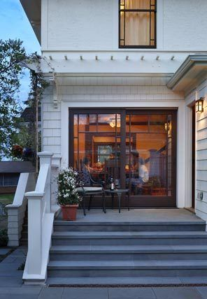 Craftsman Style Sliding Doors Create A More Gracious And Accessible Transition To Back Porch The Seattle Times Prairie Style Houses