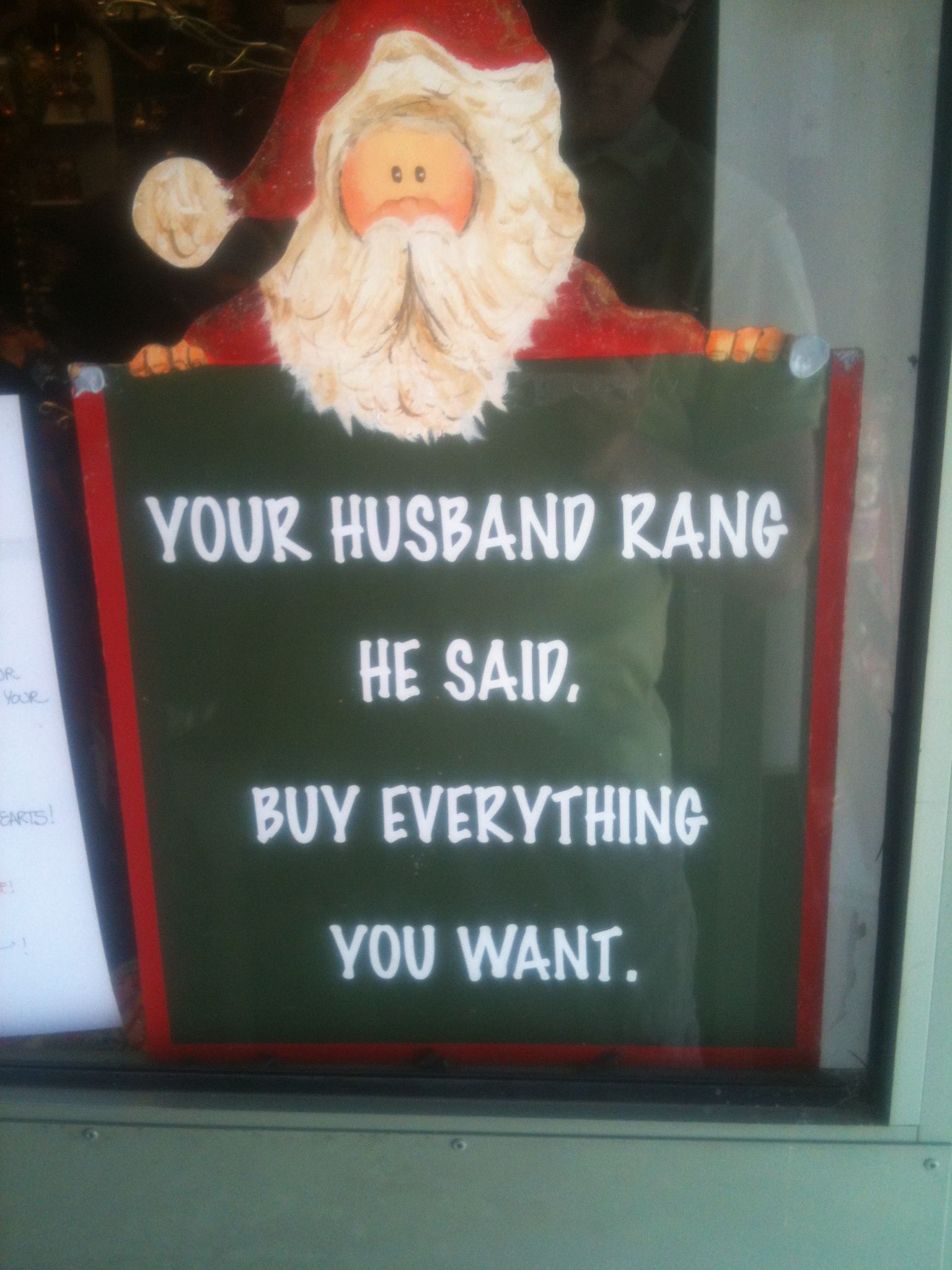 A sign up at the Christmas Barn in Bredbo.......
