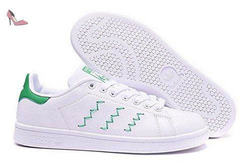 porcelana Sofocar Aplastar  Adidas Originals Stan Smith womens (USA 7.5) (UK 6) (EU 39) (24.5 cm) -  Chaussures adidas (*Partner-Link) | Chaussures adidas, Stan smith, Adidas